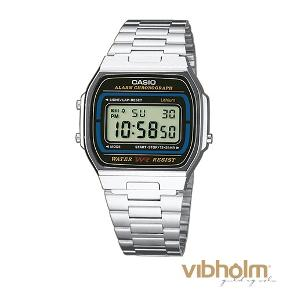 Virkelig fint ur, uden særlige skader Uret virker som det skal  vandafvisende
