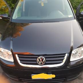 VW TOURAŅT