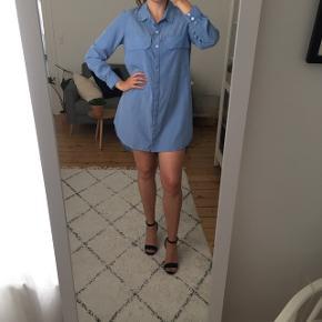 Kan både bruges som kort kjole eller med bukser under #secondchancesummer