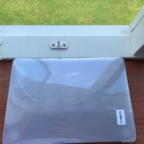"""Macbook pro 12"""" mat cover gennemsigtigt, aldrig brugt"""