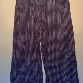Bløde hyggelige bukser med snøre i livet