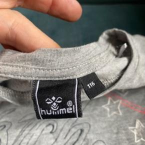 Hummel t-shirt 116  - fast pris -køb 4 annoncer og den billigste er gratis - kan afhentes på Mimersgade 111. Kbh  - sender gerne hvis du betaler Porto - mødes ikke ude i byen - bytter ikke