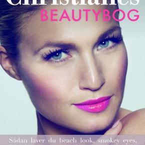 Christianes Beautybog, anden bog  Christianes Beautybog, ( Christiane Schaumburg-Müller )  Total ny bog - aldrig brugt.  Sender gerne (: Ellers kan den bringes til Århus efter aftale på bestemte datoer, hvis man ønsker at handle (: