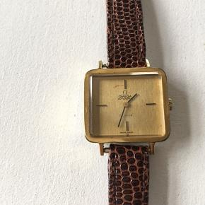 Omega anden accessory