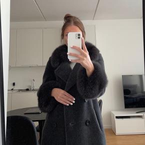 LHS fur pels- & skindjakke
