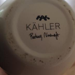 Kähler vase 12,5 cm. Har stort set ikke stået fremme og fremstår helt ny.