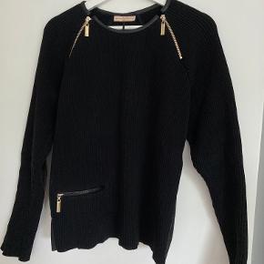 Benedikte Utzon sweater