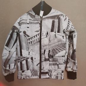 Molo jakke aldrig brugt 150kr