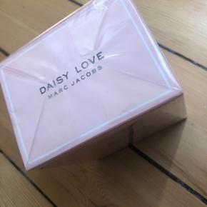 Parfume fra Marc Jacobs /Daisy Love Ny Inkl. Fragt🌺