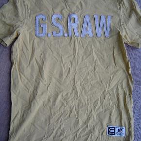 Varetype: Fed G-Star Raw T-shirt str. MFarve: Se foto  Fed G-Star Raw T-shirt str. M. Ingen huller eller pletter.  Byd!