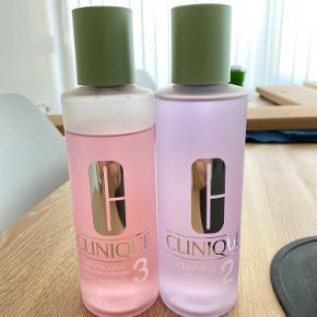 Clinique clarifying lotion 2 og 3. 3 er der taget lidt af. Den anden er som ny. Sælges samlet for 360 kr.