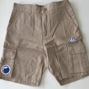 Varetype: Shorts Farve: Se foto  Ved ts betaler køber for dette,tager mobilpay 😃👍