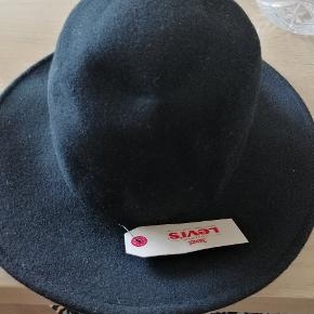 En ny Levis hat i størrelse S/M