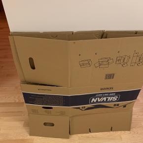 3 flyttekasser, alm størrelse. Tykkelse 4 mm.