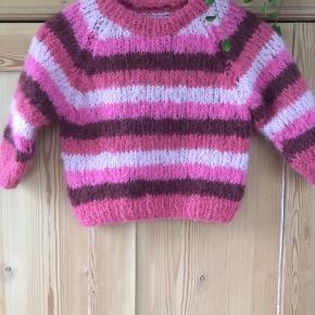 Håndstrikket sweater i blødt alpaca og uld. Et af mine nye designs - se også insta @knitbynees og køb opskriften på www.knitbynees.dk