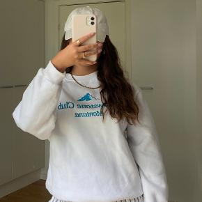 Itsmay sweater