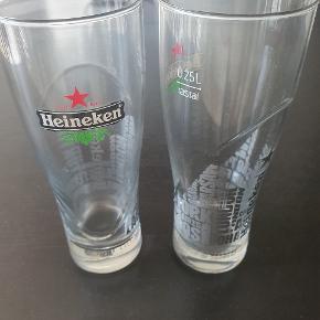 2 stk Heineken glas. Kom med bud!