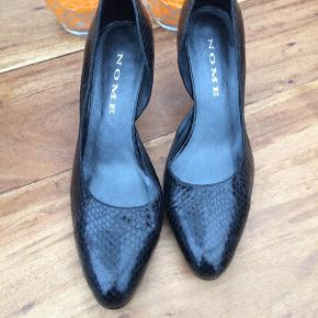 Slangeskinds præget skind sko fra Nome - aldrig brugt.