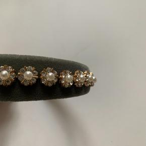 Pico hårbånd i velour med fine sten og perler