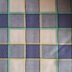 3 stykker stof fra Designers Guild, Tricia Guild. Aldrig brugt, stadig med tags. Måler gerne ved interesse. Fantastisk kvalitet. #30dayssellout