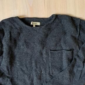 Whyred sweater