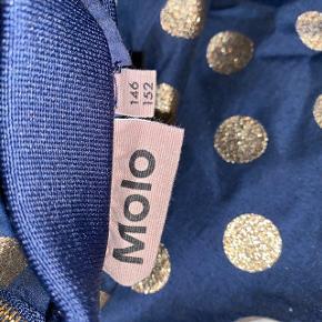 Mørkeblå nederdel med guld prikker fra Molo.  Køber betaler fragt📦 Mængderabat gives🎏