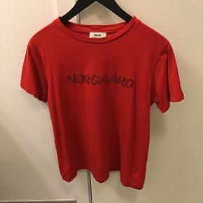 Super fin T-shirt i 100% bomuld, kun været på få gange😉