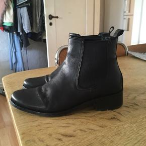 B&CO sko & støvler