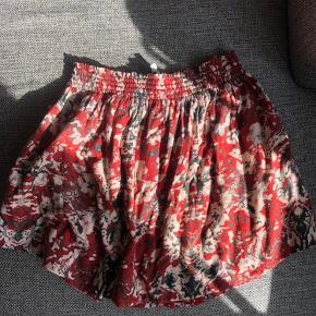 Fineste nederdel med lommer 😍