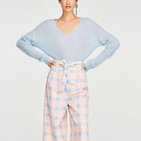 Uterqüe mohair sweater i lyseblå. Nypris var 1599 ☺️