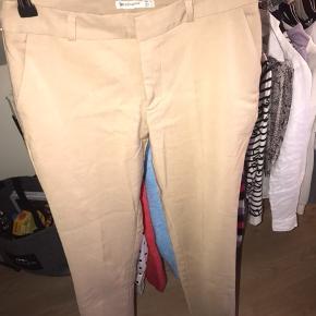 Beige habit lignende bukser i størrelse XS, brugt 2 gange