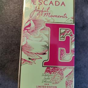 Varetype: Eau de parfume Størrelse: 50ml Farve: Ukendt  Ny stadig i indpakning. Escada joyful moments 50 ml