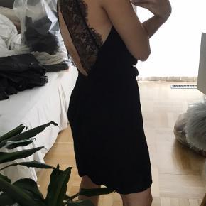 Rigtig fin kjole fra Samsøe & Samsøe i str. S  Åben for bud!