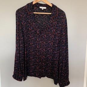 Fin skjorte/bluse fra Boii, er som ny