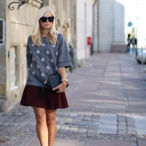 By Malene Birger Dittalo bluse 🌸   Denne lækre designer bluse er brugt virkelig få gange! Den fejler intet og er så god som ny. Kom gerne med jeres bud 🤩  Np. 2100kr., sælges til 2.295 kr på visse sider.