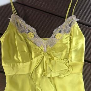 Fantastisk 100% silke kjole ❤️