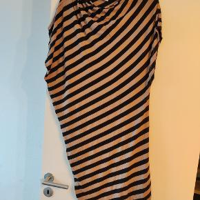 Karen By Simonsen kjole