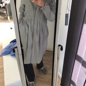 Sarah Pacini kjole