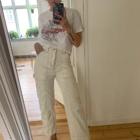 Mega pæne bukser fra weekday. Er 168 høj