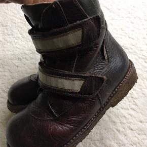 Fine tex støvler  Bytter ikke