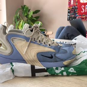 Sælger mine flotte Nike 2000 zoom. Sælges billigt, så kom med bud!