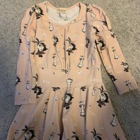 Sød kjole fra MarMar i str 92  Brugt et par gange Som nyt
