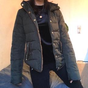 Grøn stram jakke