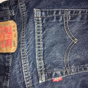 Jeans, Levi's, str 30/30. Forholdsvis korte i benene. Kun brugt få gange