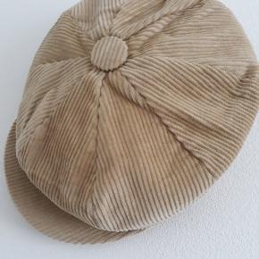 Vintage love hat & hue