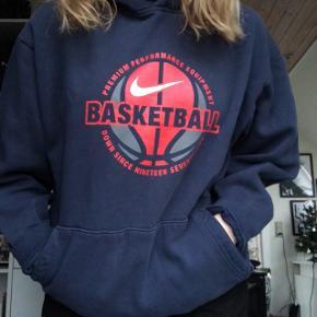 Fed Nike hoodie Str: Large  Cond: 8/10 Fragt 45 kr🌻