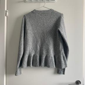 Super skøn og mega blød trøje fra Envii. Brugt meget begrænset og fremstår derfor som ny.