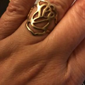 Margurit ring Lund copenhagen, stadig fin guld belægning  Rose, Arena Copenhagen, en anelse støvet i guldbelægnigen efterhånden  300kr pt stk