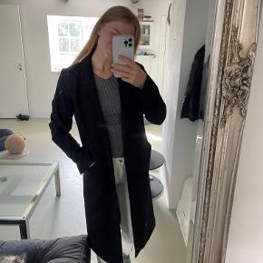 Moss Copenhagen frakke