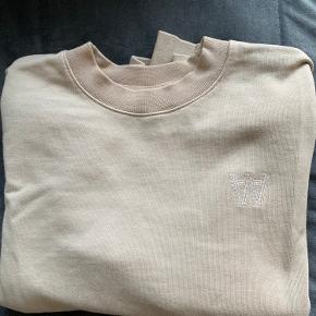 Wood Wood sweater brugt få gange 300kr